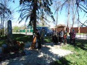 У памятника с. Михеево 9 мая 2015 г.